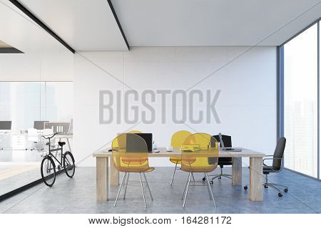 Study And An Open Office, Bike