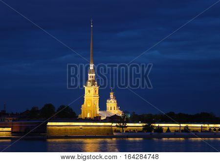 Россия. Санкт Петербург. Петропавловская Крепость ночью.