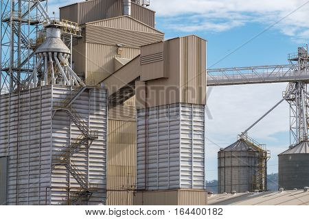 Details of Rice feed mill plant factory industrial plant