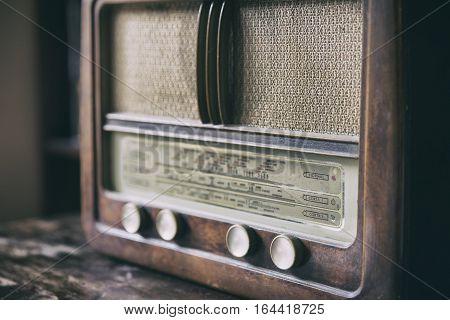 Wooden Retro Radio