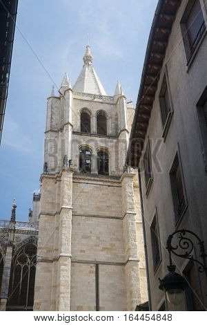 Leon (Castilla y Leon Spain): exterior of the medieval cathedral in gothic style: belfry