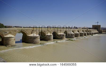 El Puente Remano Over The Guadalquivir River In Cordova
