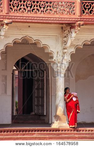 Agra, India - January 29: Unidentified Woman Stands In Anguri Bagh (grape Garden) In Agra Fort On Ja