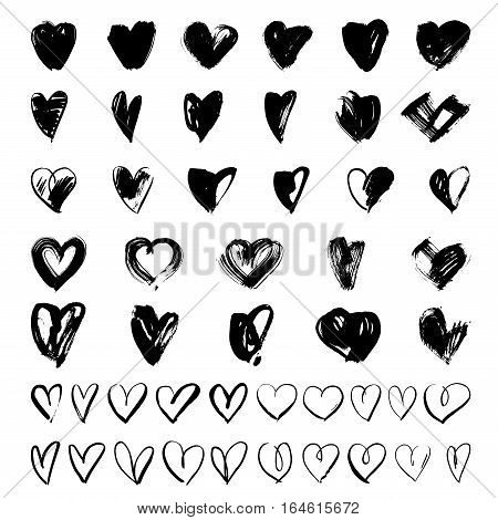 Vector doodle hand-drawn grunge black hearts set