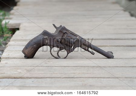 rusty old post-war revolver, refers to collecting