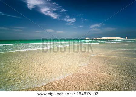 Beautiful Sunny Jumeirah Beach In Dubai With Crystal Clear Sea Water And Amazing Blue Sky, Dubai, Un