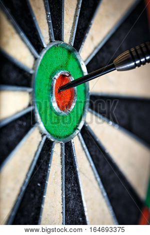 the dart in bull's eye close up