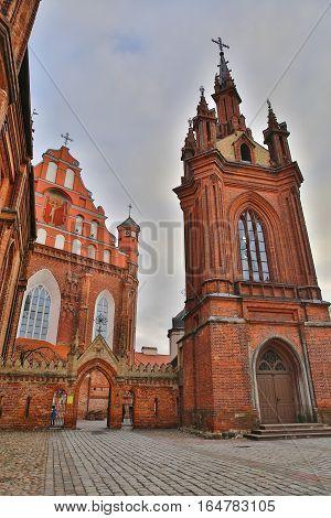 VILNIUS, LITHUANIA: St Anne's Church and Bernardine Church