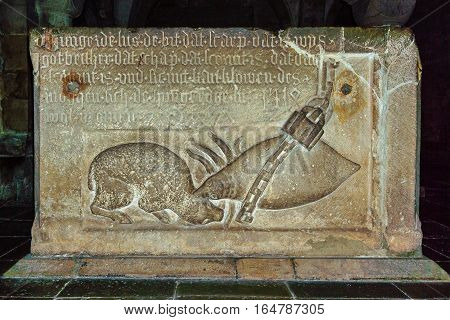 Aug 29, 2016 - Stone relievo on the well in Lund Cathedral. Relievo by van Düren made in 1518. Louse fixed with a chain is biting a sheep.