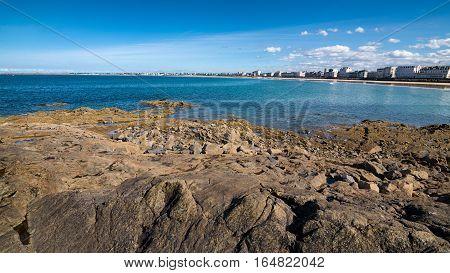 Falling tide and rocks in Saint-Malo, Bretagne France