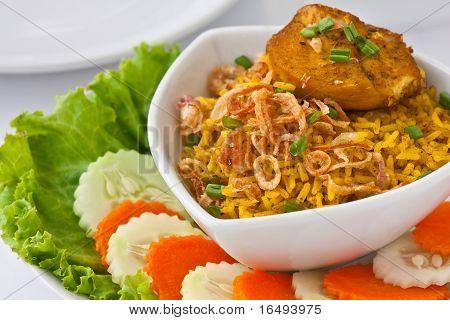 Modern thai food, Saffron rice with chiken