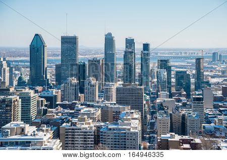 Montreal Skyline from Kondiaronk Belvedere / Mont-Royal in Winter ((2017)
