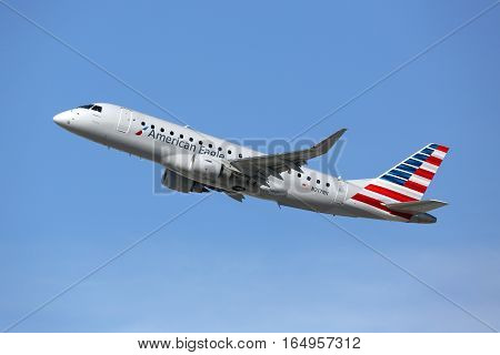 American Eagle Embraer 175Lr Airplane