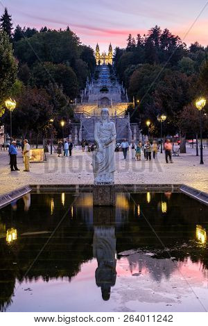 Lamego, Portugal - October 5, 2018 : Statue Autumn, Staircase And The High Or Sanctuary Of Our Lady