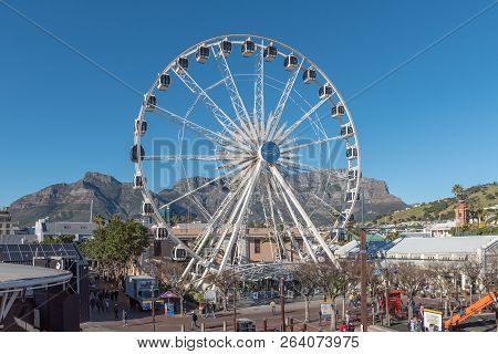 Cape Town, South Africa, August 9, 2018: A View Of  The Victoria And Alfred Waterfront In Cape Town