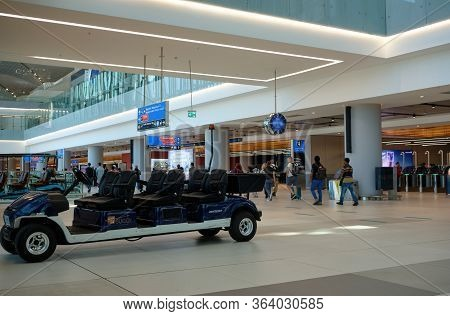 Istanbul Airport Iga Buggy Service Electric Vehicle