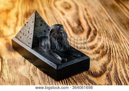 Pyramid Of Cheops And Sphinx - A Symbol Of Egypt, Great Sphinx And Khafre Pyramid
