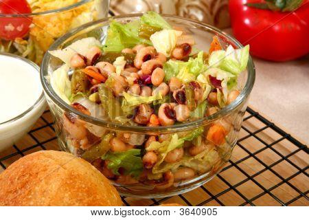 Black Eyed Pea Salad
