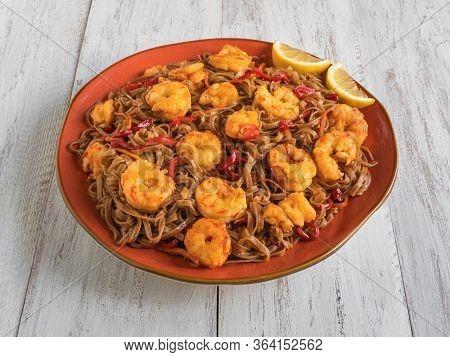 Stir-fried Noodles With Prawns And Vegetables, Close Up