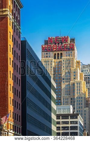 New York, Usa - March 8, 2020: Typical Old Buildings For New York In Midtown Manhattan. Afternoon Li