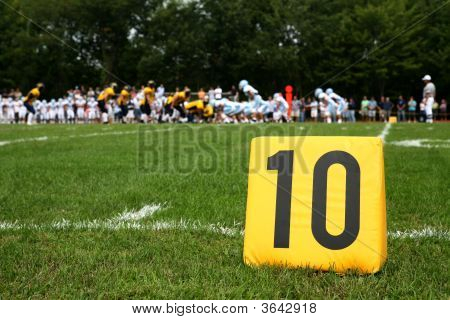 Ten Yard Marker With Play Behind