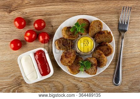 Tomato Cherry, Ketchup And Mayonnaise In Small Partitioned Sauceboat, Pepper Shaker, Small Chicken C