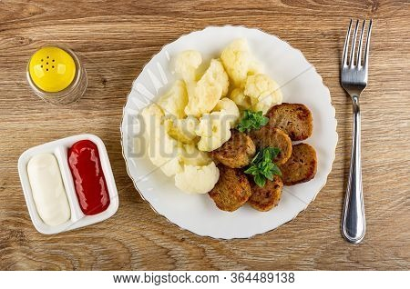 Pepper Shaker, Ketchup And Mayonnaise In Small Partitioned Sauceboat, White Glass Plate With Boiled