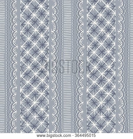 Crewel Embroidery Lace Needlework Vector Seamless Pattern. Hand Drawn Traditional Jacobean Scalloped