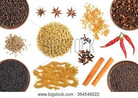 Set Of Spice: Cloves, Black Pepper, Red Chili Pepper, Fenugreek, Mustard Seeds, Cumin (jeera), Star