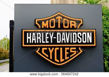 Bordeaux , Aquitaine / France - 10 17 2019 : Harley-davidson Motorcycle Sign Store Logo Dealership