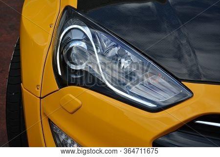 Manila, Ph - November 10 - Hyundai Genesis Coupe Head Light At Transknight Transport Show On Novembe