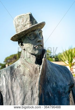 Torre Del Lago Puccini, Tuscany, Italy - July 4, 2019: Statue To Giacomo Puccini On The Square Of To