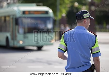 Belarus, The City Of Gomel, June 25, 2019. The Streets Of The City. Road Inspector Monitors The Move