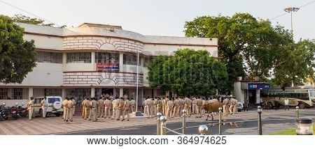 Katihar/bihar/india-05/06/2020; Railway Police Force Evening Meeting Parade During Corona Spread Loc