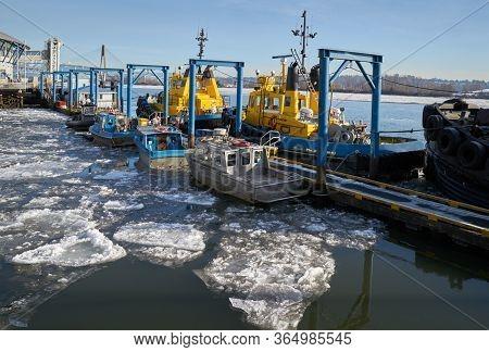 Fraser River Tugboats. Tugboats At Dock On The Fraser River In New Westminster.