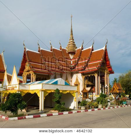 Wat Chalong Temple Pagoda