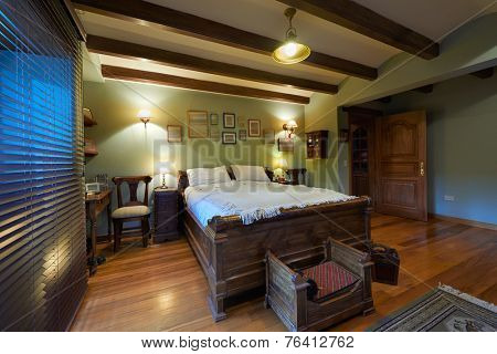 Interior design: Big rustic bedroom