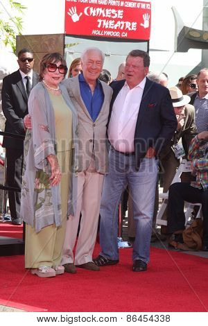 LOS ANGELES - MAR 27:  Shirley MacLaine, Christopher Plummer, William Shatner at the Christopher Plummer Hand and Foot Print Ceremony at the TCL Chinese Theater on March 27, 2015 in Los Angeles, CA
