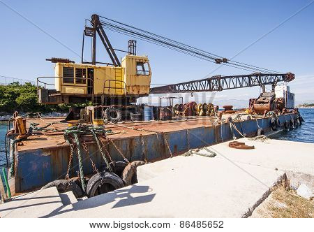 Boat Mounted Crane