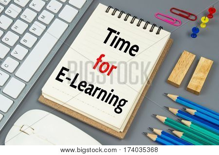 Time for E-Learning, Text message on white paper