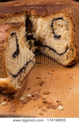 Butter cake with poppy seeds cooked in multicooker