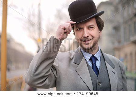 Elegant man with bowler hat
