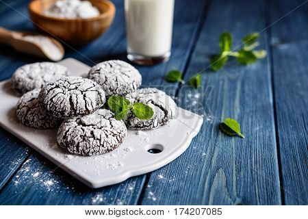 Delicious Chocolate Crinkles