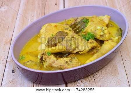 Opor ayam, Indonesian cuisine, Chicken cooked in coconut milk and spices
