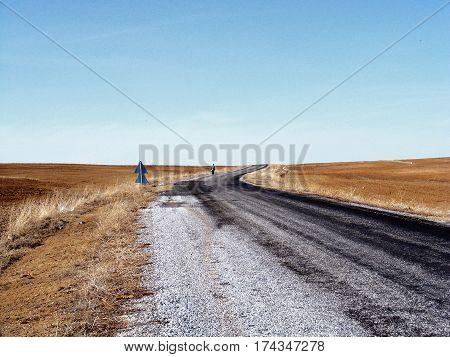 Asphalt road pictures, stabilize asphalt road, road side, road to far,