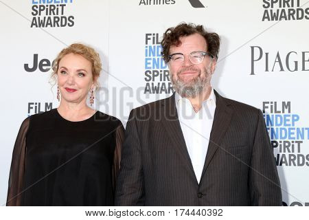 LOS ANGELES - FEB 25:  Wife, Kenneth Lonergan at the 32nd Annual Film Independent Spirit Awards at Beach on February 25, 2017 in Santa Monica, CA
