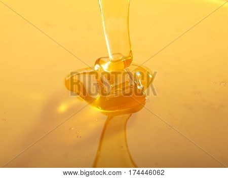 Falling Honey Trickle
