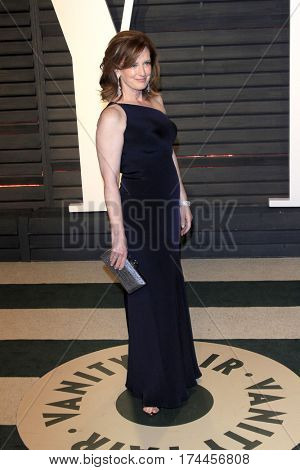 LOS ANGELES - FEB 26:  Anne Sweeney at the 2017 Vanity Fair Oscar Party  at the Wallis Annenberg Center on February 26, 2017 in Beverly Hills, CA
