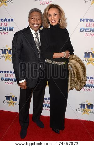 LOS ANGELES - FEB 26:  Billy Davis Jr., Marilyn McCoo at the 27th Annual Night of 100 Stars Oscar Viewing Gala at the Beverly Hilton Hotel on February 26, 2017 in Beverly Hills, CA