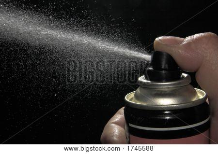 Pulverizing Liquid With Spray Can
